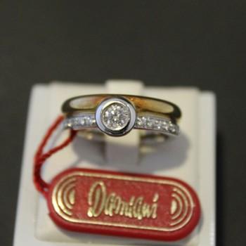 Anello Damiani oro bianco e...