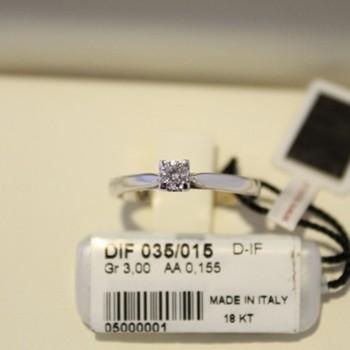 Anello solitario Recarlo in oro bianco e diamanti 0,155 ct.